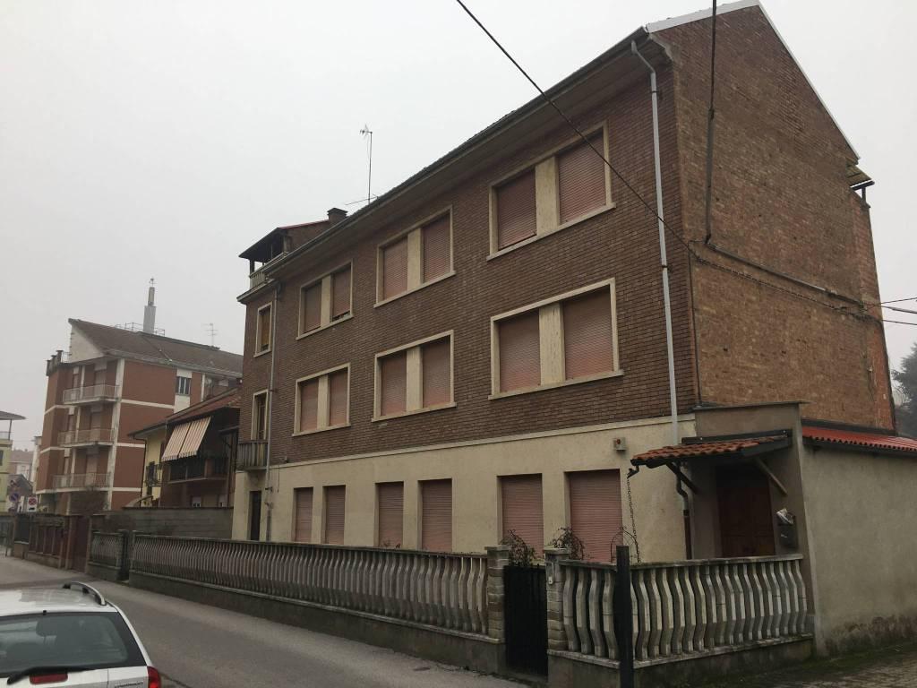 Foto 1 di Trilocale via Ulrico Pagliani 16, Asti