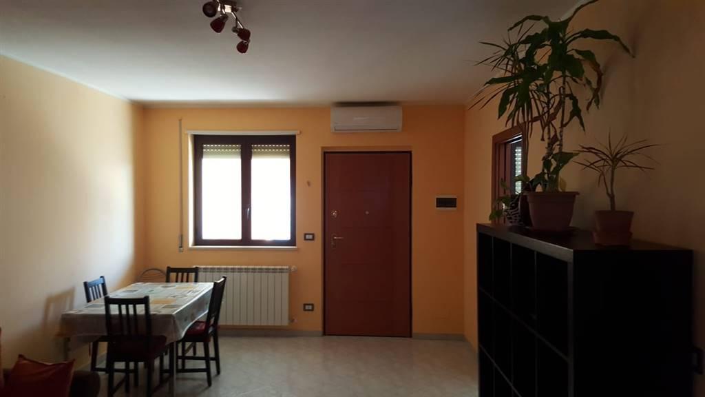 Appartamento in ottime condizioni in vendita Rif. 9233009