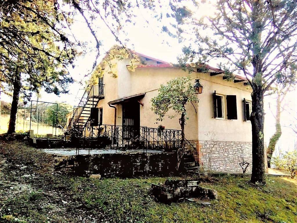 Villa in buone condizioni in vendita Rif. 4197563