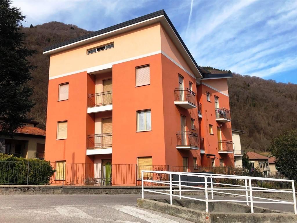 Appartamento da ristrutturare in vendita Rif. 5557597