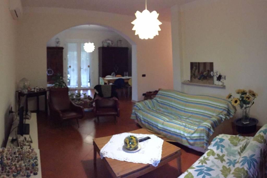 Villa in Vendita a Ravenna Periferia Ovest: 5 locali, 435 mq