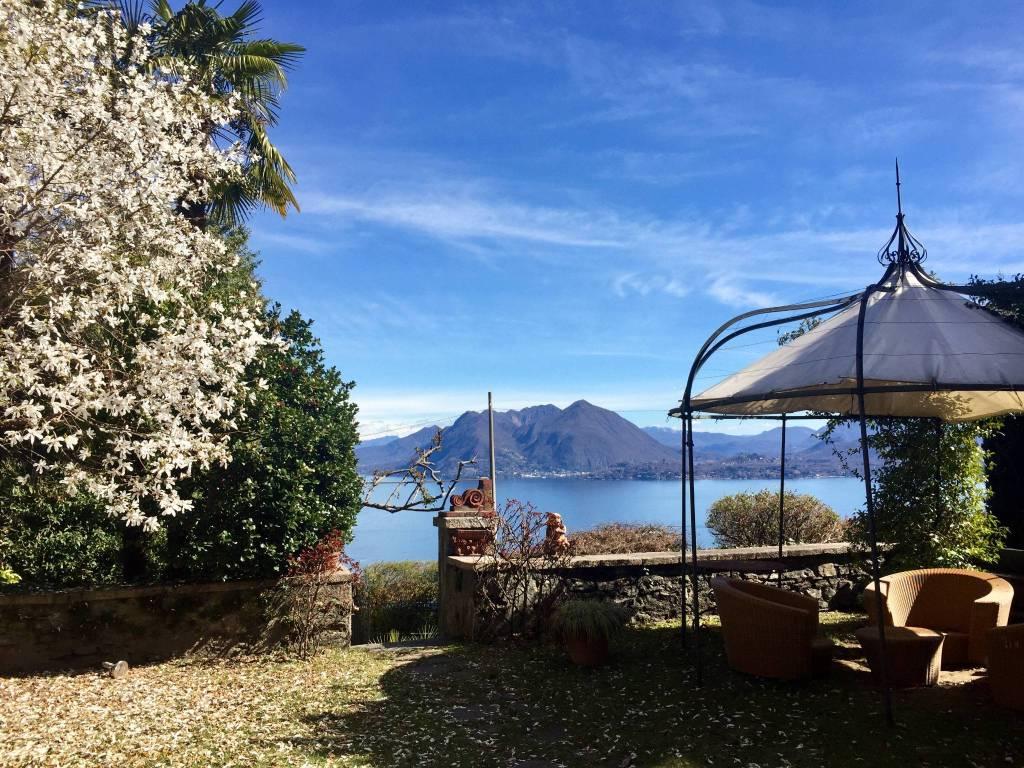Foto 1 di Villa campino, Stresa