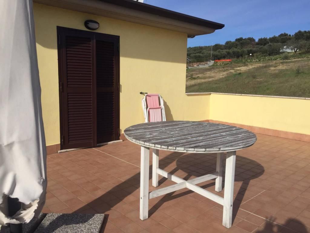 Appartamento in affitto a Fonte Nuova, 2 locali, prezzo € 430   CambioCasa.it