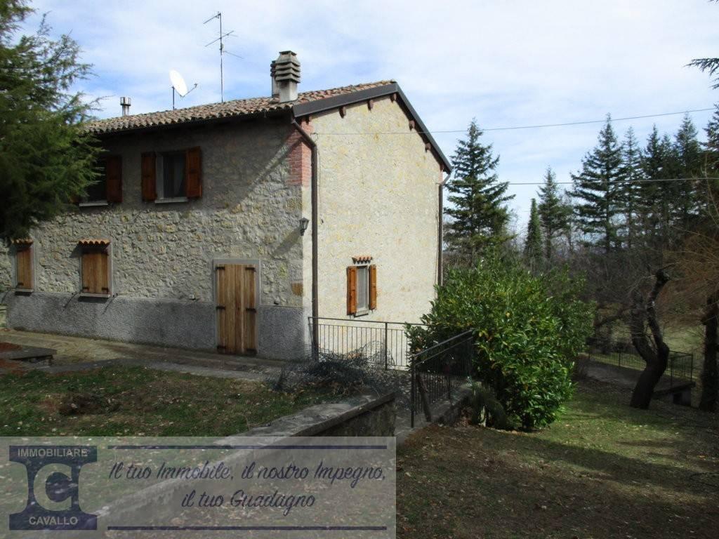 Foto 1 di Villa via Ronzino, frazione Cereglio, Vergato