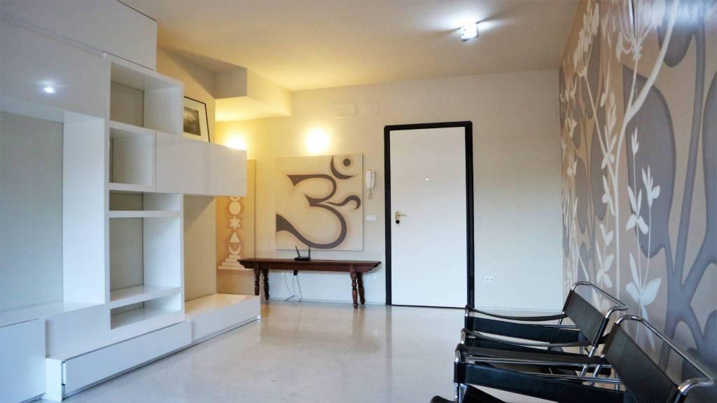 Appartamento in affitto a Pescia, 3 locali, prezzo € 700   CambioCasa.it