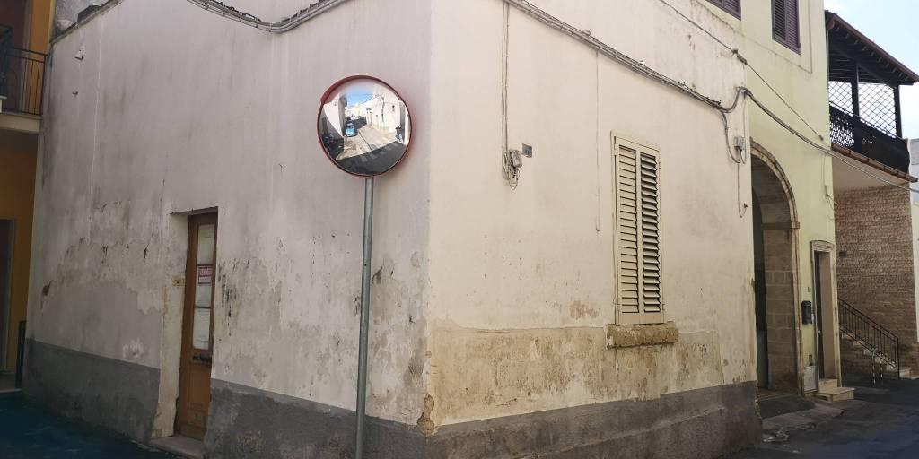 Appartamento in vendita a Veglie, 4 locali, prezzo € 58.000 | PortaleAgenzieImmobiliari.it