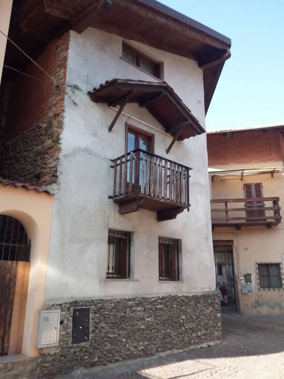Foto 1 di Rustico / Casale via Canavese 27, Balangero