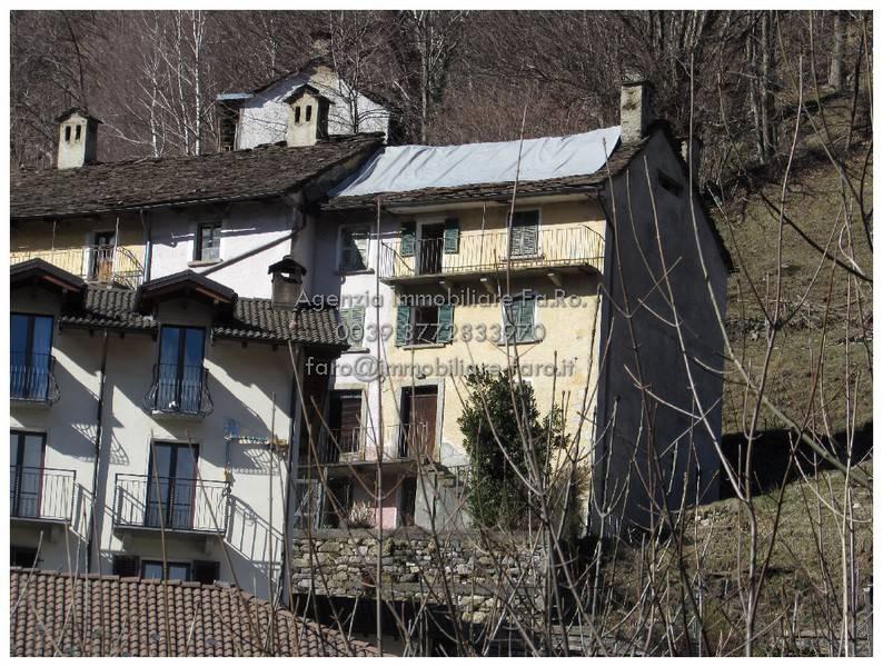 Foto 1 di Casa indipendente via Provinciale 10, Gurro