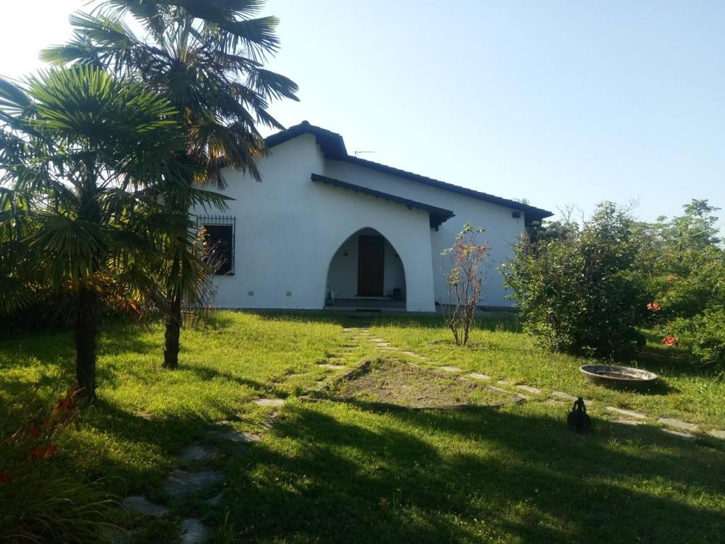 Foto 1 di Villa strada Provinciale di Sciolze-Dir. per Rivalba, Marentino