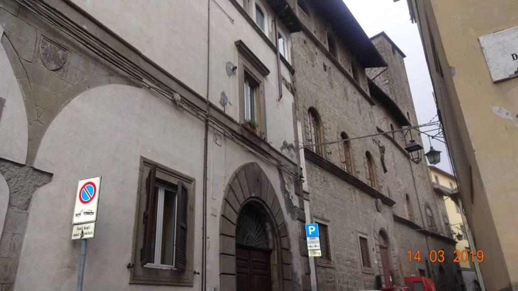 Appartamento in vendita a Viterbo, 4 locali, prezzo € 250.000 | CambioCasa.it