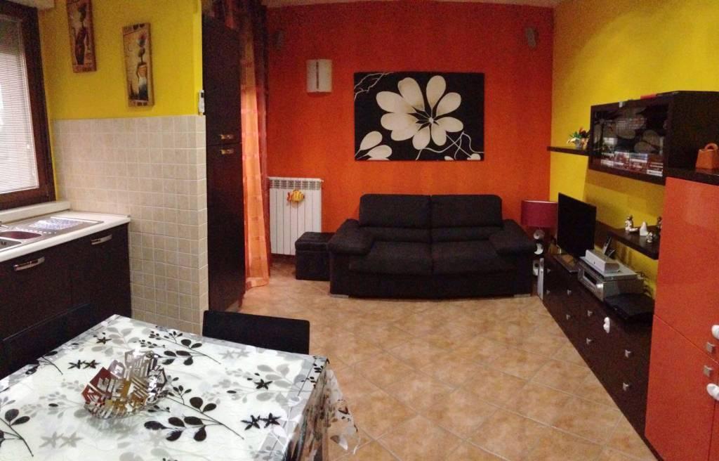 Appartamento in vendita a Landriano, 2 locali, prezzo € 118.000 | CambioCasa.it