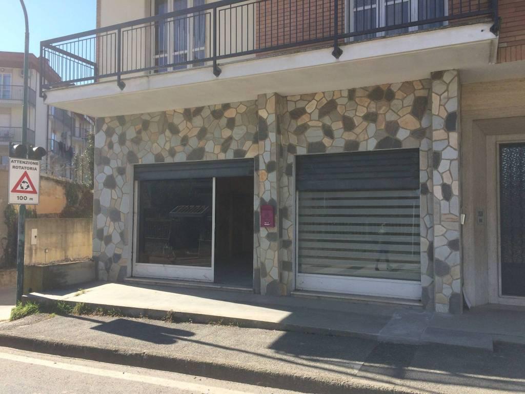 Negozio / Locale in vendita a Chieri, 2 locali, prezzo € 35.000 | PortaleAgenzieImmobiliari.it