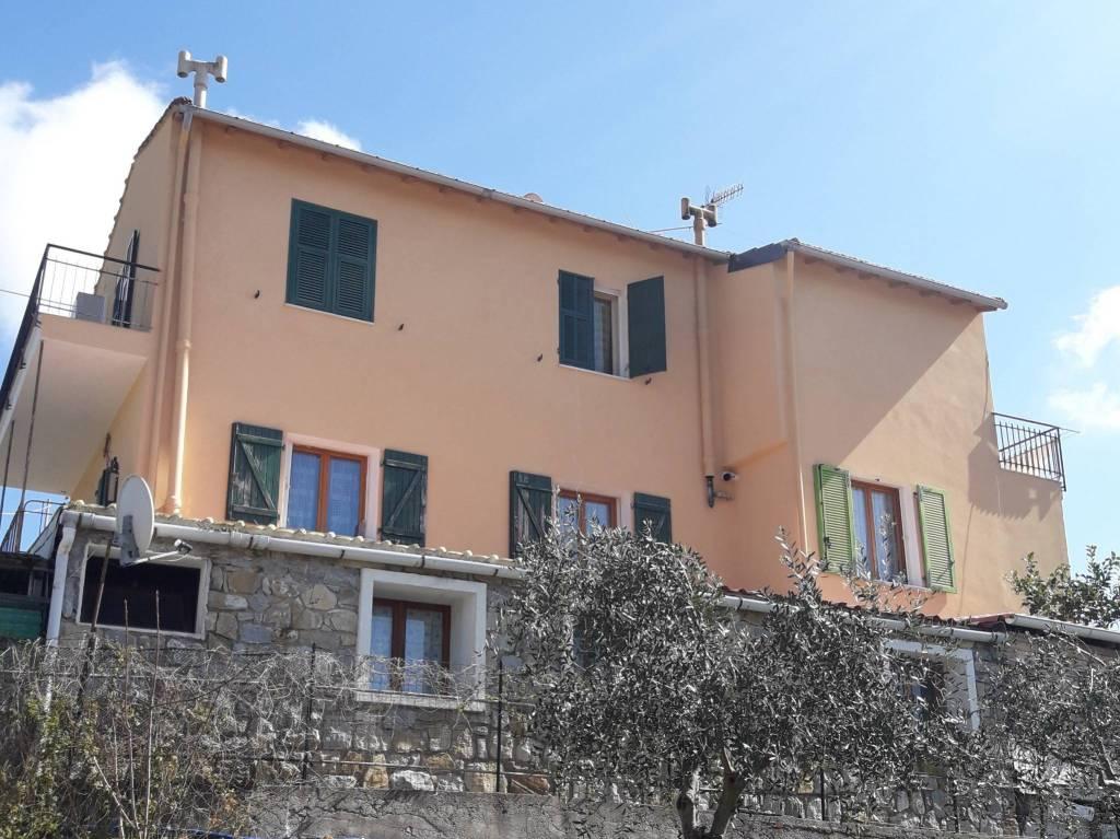 Appartamento in vendita a Bordighera, 3 locali, prezzo € 159.000 | PortaleAgenzieImmobiliari.it