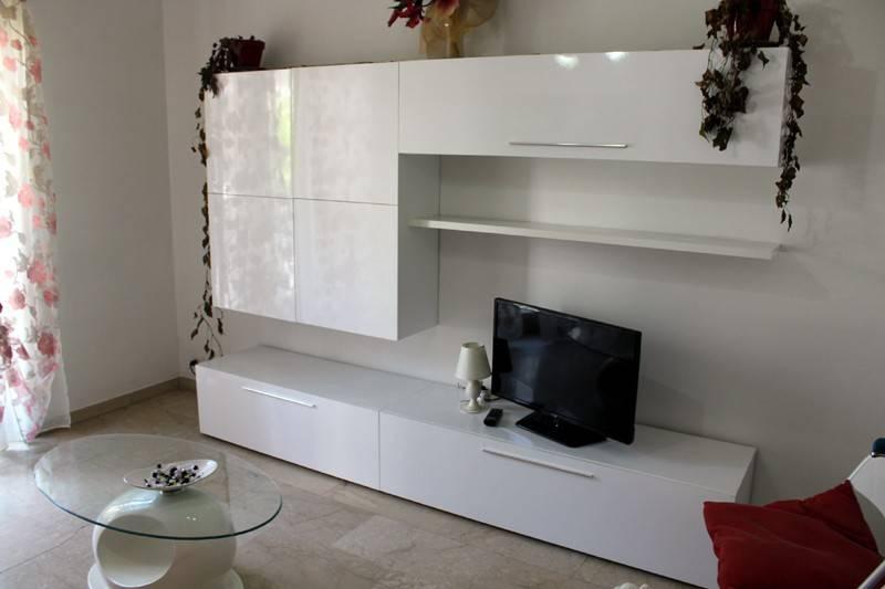 Appartamento in affitto a Alba, 3 locali, prezzo € 420 | CambioCasa.it