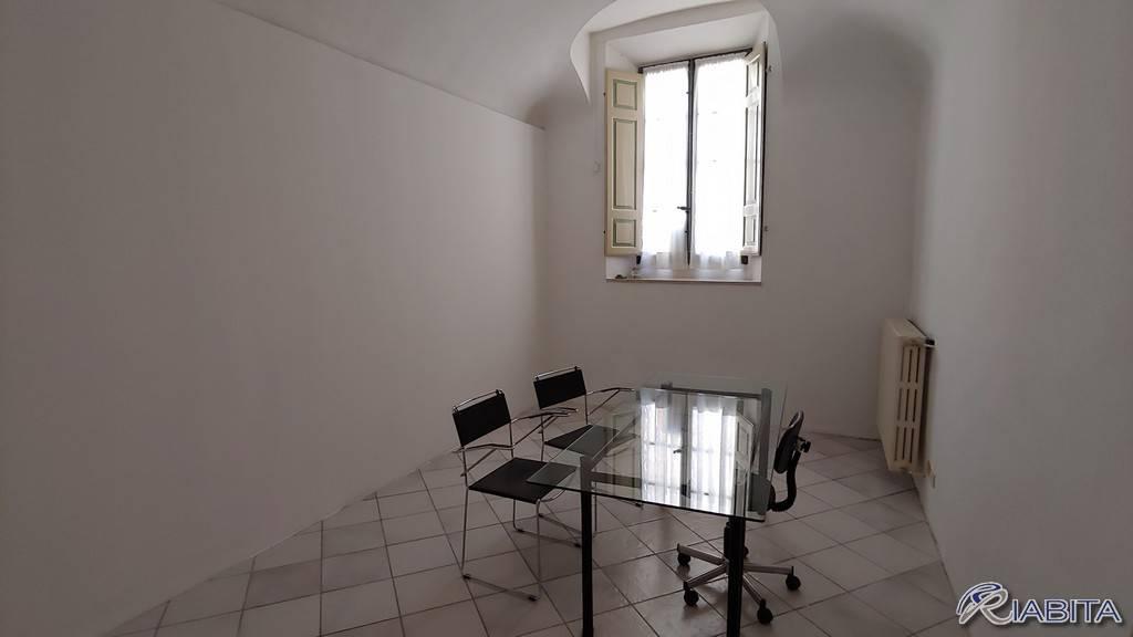 Ufficio-studio in Affitto a Piacenza Centro: 2 locali, 50 mq