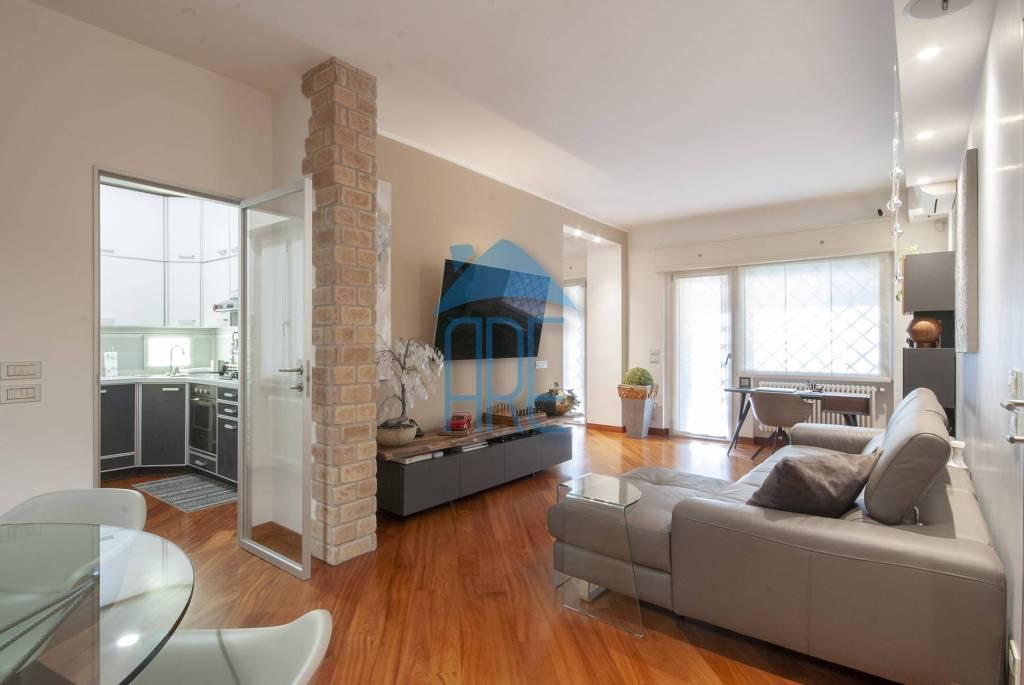 Appartamento in vendita a Roma, 2 locali, prezzo € 339.000 | CambioCasa.it