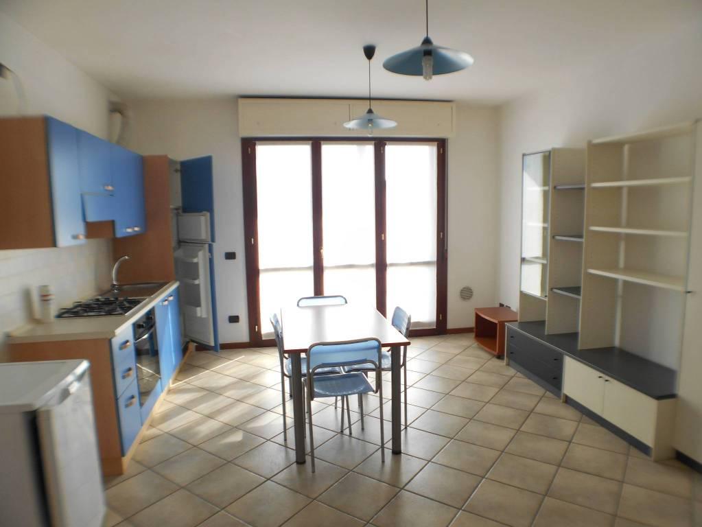 Appartamento in affitto a Treviglio, 2 locali, prezzo € 450 | PortaleAgenzieImmobiliari.it