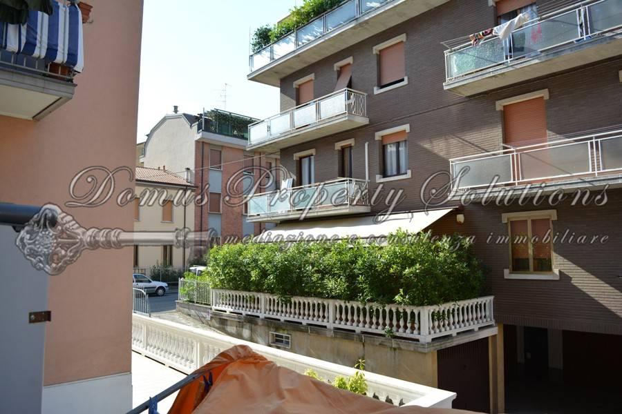 Appartamento in buone condizioni in vendita Rif. 9304231