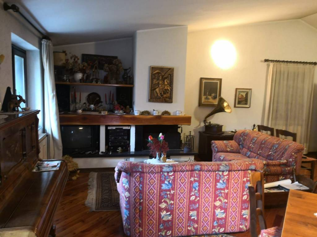 Attico / Mansarda in vendita a Sonico, 5 locali, prezzo € 95.000 | PortaleAgenzieImmobiliari.it