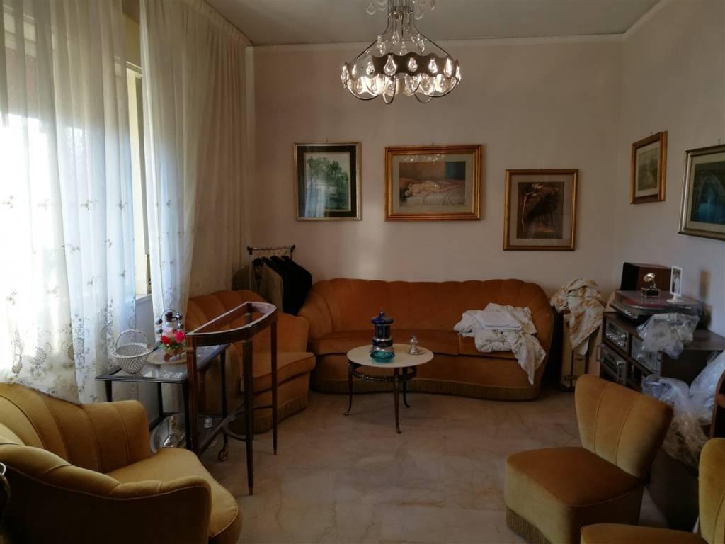 Appartamento in vendita via Giuseppe Li Bassi 70 Palermo