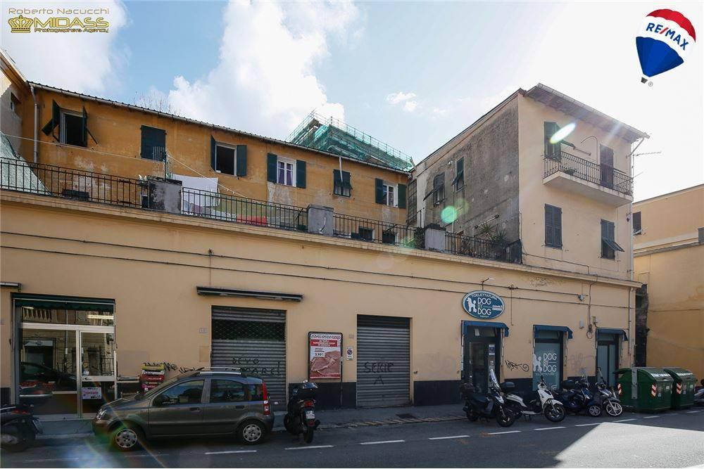 Foto 1 di Palazzo / Stabile via Borgoratti 50, Genova (zona S.Fruttuoso-Borgoratti-S.Martino)