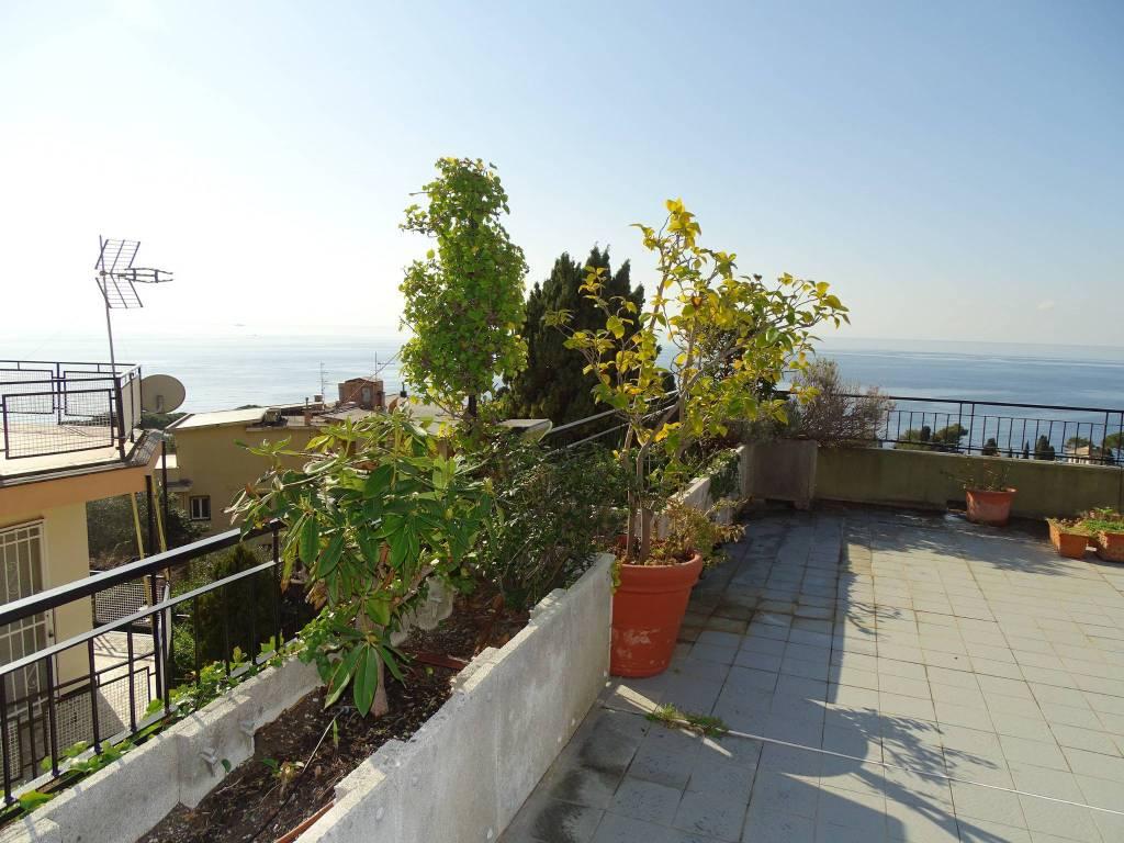 Foto 1 di Quadrilocale via Campodonico 31, Pieve Ligure