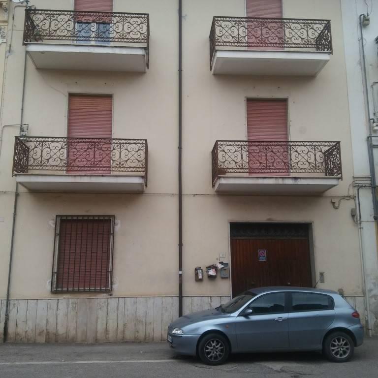 Appartamento in vendita a Sparanise, 4 locali, prezzo € 55.000 | CambioCasa.it