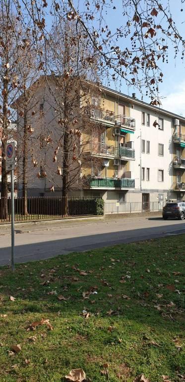 Appartamento in vendita a Peschiera Borromeo, 3 locali, prezzo € 150.000 | CambioCasa.it