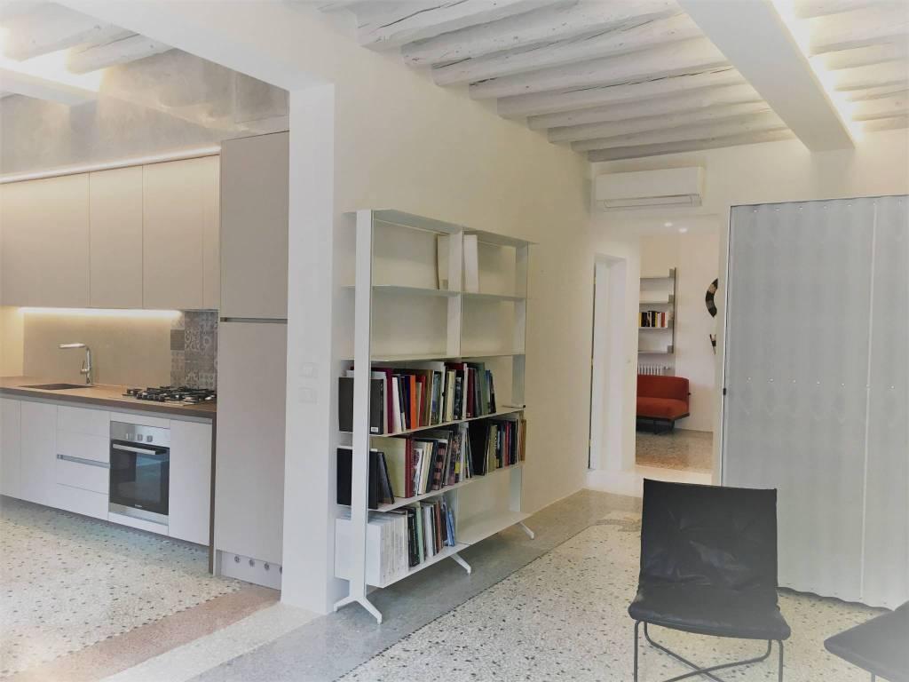 Foto 1 di Appartamento fondamenta dei Ormesini, Venezia
