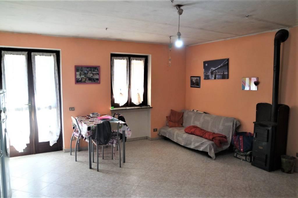Foto 1 di Casa indipendente via Candia 15, Vische