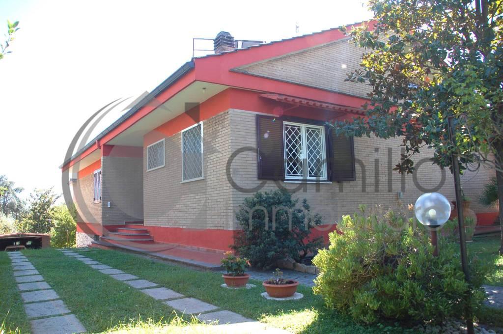 Villa in vendita a Roma, 6 locali, zona Zona: 38 . Acilia, Vitinia, Infernetto, Axa, Casal Palocco, Madonnetta, prezzo € 890.000 | CambioCasa.it