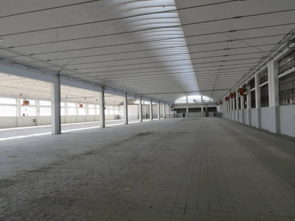 Capannone in vendita a Volvera, 6 locali, prezzo € 2.200.000 | PortaleAgenzieImmobiliari.it