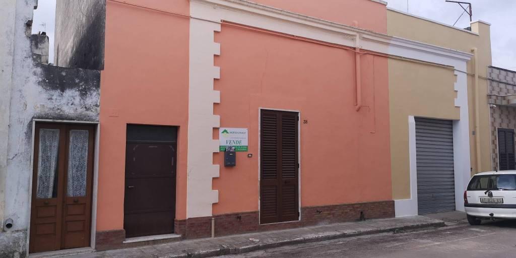 Appartamento in vendita a Carmiano, 4 locali, prezzo € 58.000 | PortaleAgenzieImmobiliari.it