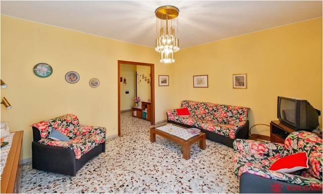 Appartamento in buone condizioni in vendita Rif. 7335182