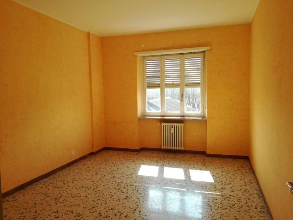 Foto 1 di Trilocale via Cesare Battisti 40, Chieri