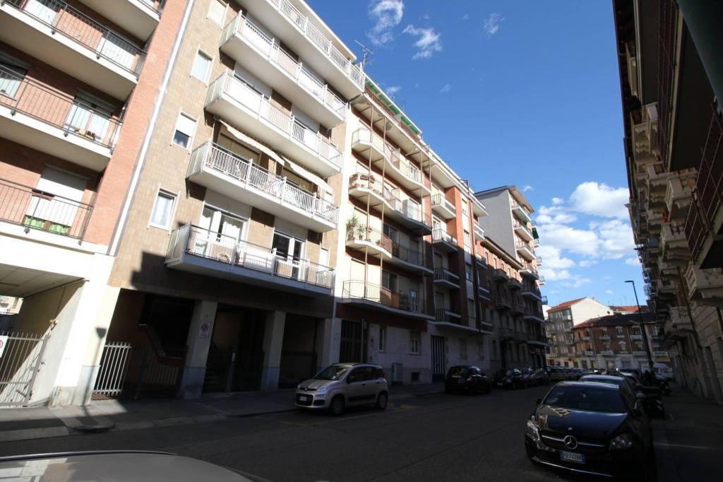 Foto 1 di Bilocale via Saorgio 72, Torino (zona Madonna di Campagna, Borgo Vittoria, Barriera di Lanzo)