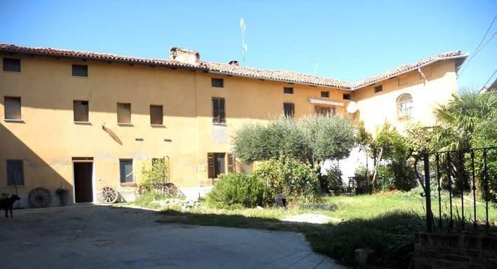 Rustico / Casale in vendita a Montiglio Monferrato, 12 locali, prezzo € 290.000 | PortaleAgenzieImmobiliari.it