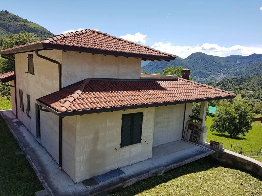 Villa in vendita a San Fedele Intelvi, 6 locali, prezzo € 298.000 | PortaleAgenzieImmobiliari.it