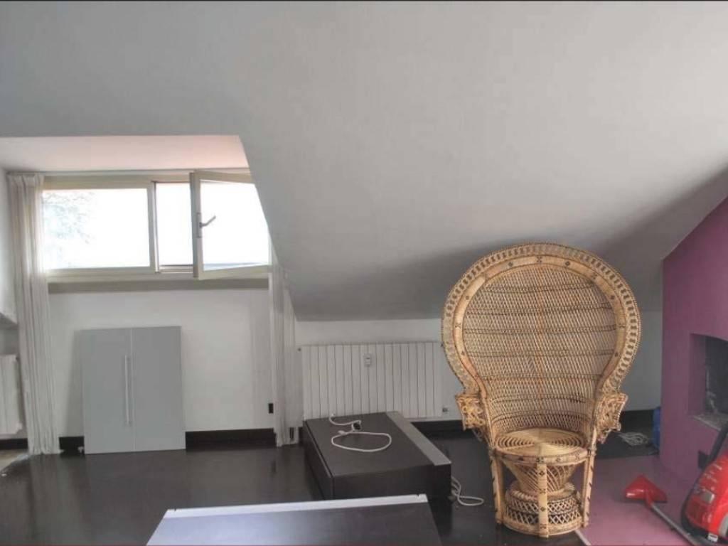 Attico / Mansarda in vendita a Pecetto Torinese, 3 locali, prezzo € 68.000 | PortaleAgenzieImmobiliari.it