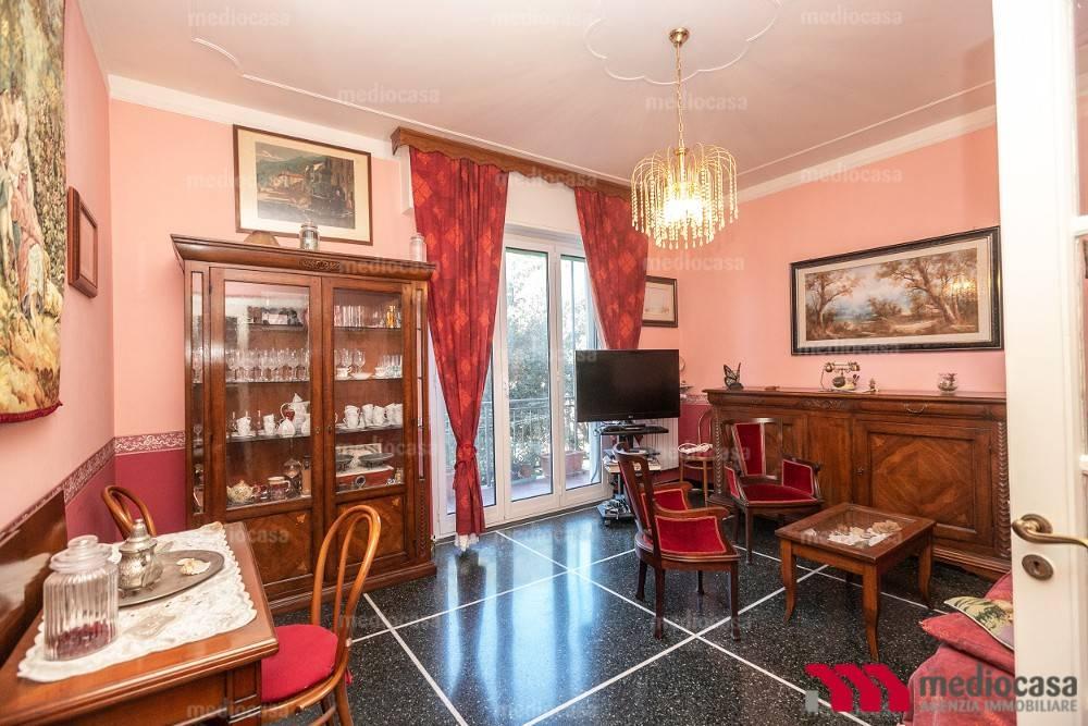 Foto 1 di Appartamento via Giovanni Boine, Genova (zona Oregina-Granarolo, Di Negro)