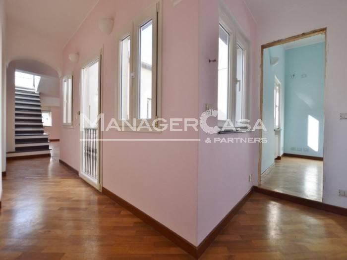 Foto 1 di Attico / Mansarda via San Lorenzo, Genova