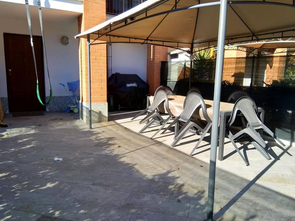Villa a Schiera in vendita a Caselle Torinese, 7 locali, prezzo € 265.000 | CambioCasa.it