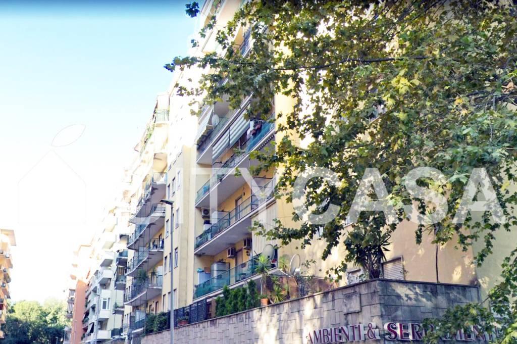 Appartamento in vendita Zona Nuovo Salario - Prati Fiscali - via Valdinievole Roma