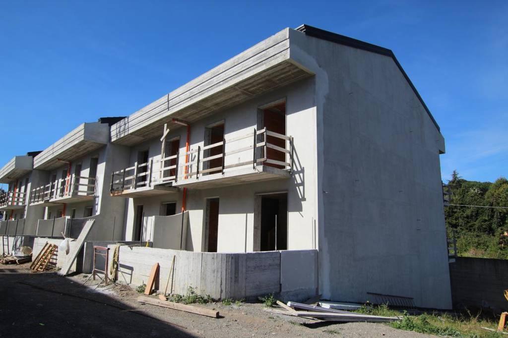 Villa in Vendita a Aci Catena Periferia: 5 locali, 220 mq
