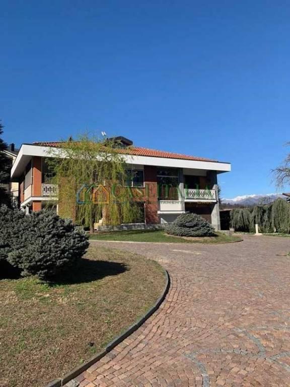 Villa in vendita via Macallè Rivoli