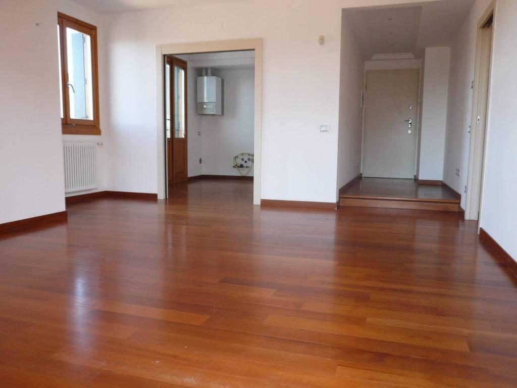 Appartamento in vendita a Cisano Bergamasco, 4 locali, prezzo € 210.000 | CambioCasa.it
