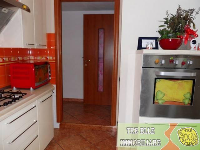 Appartamento in buone condizioni in vendita Rif. 6479383