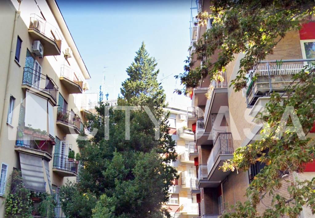 Appartamento in vendita Zona Trieste - Somalia - Salario - largo Forano Roma