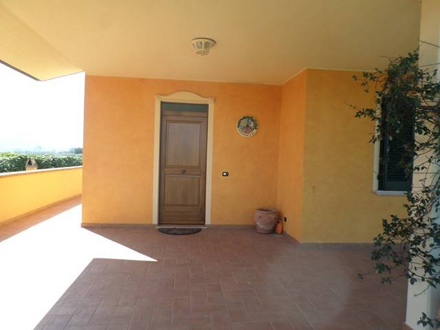 Villa in Affitto a Perugia: 2 locali, 55 mq