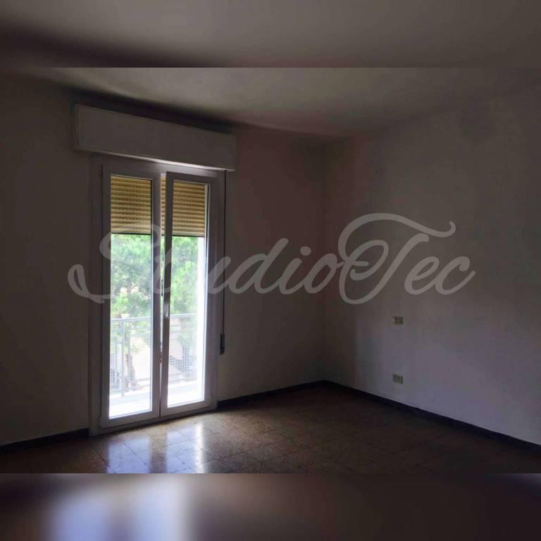 Appartamento in affitto a Ravenna, 5 locali, prezzo € 700   CambioCasa.it